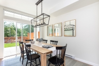 edgewater-dining-6988_190527-v1_low-res-custom