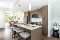 edgewater-kitchen-7081_190527-v1_low-res-custom